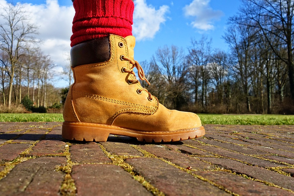 lineman boots with steel shank